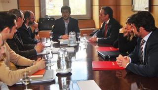 Confesal y el Consejo Superior de Cámaras proponen fomentar la internacionalización de las sociedades laborales