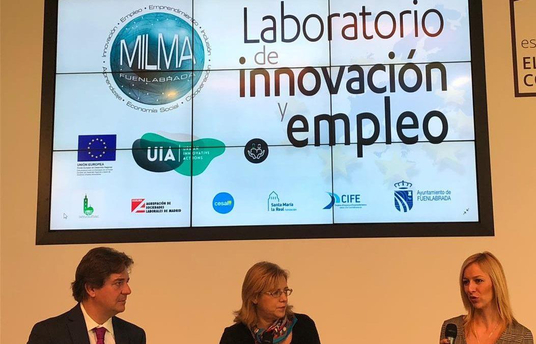 La Comisaria Europea de Política Regional Corina Cretu, junto al Alcalde de Fuenlabrada Javier Ayala en su visita para analizar el proyecto MILMA del que es socio ASALMA.